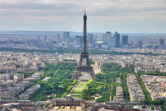 Петте най-популярни туристически атракции на Париж