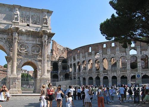 5 забележителности в Рим, които задължително трябва да посетите