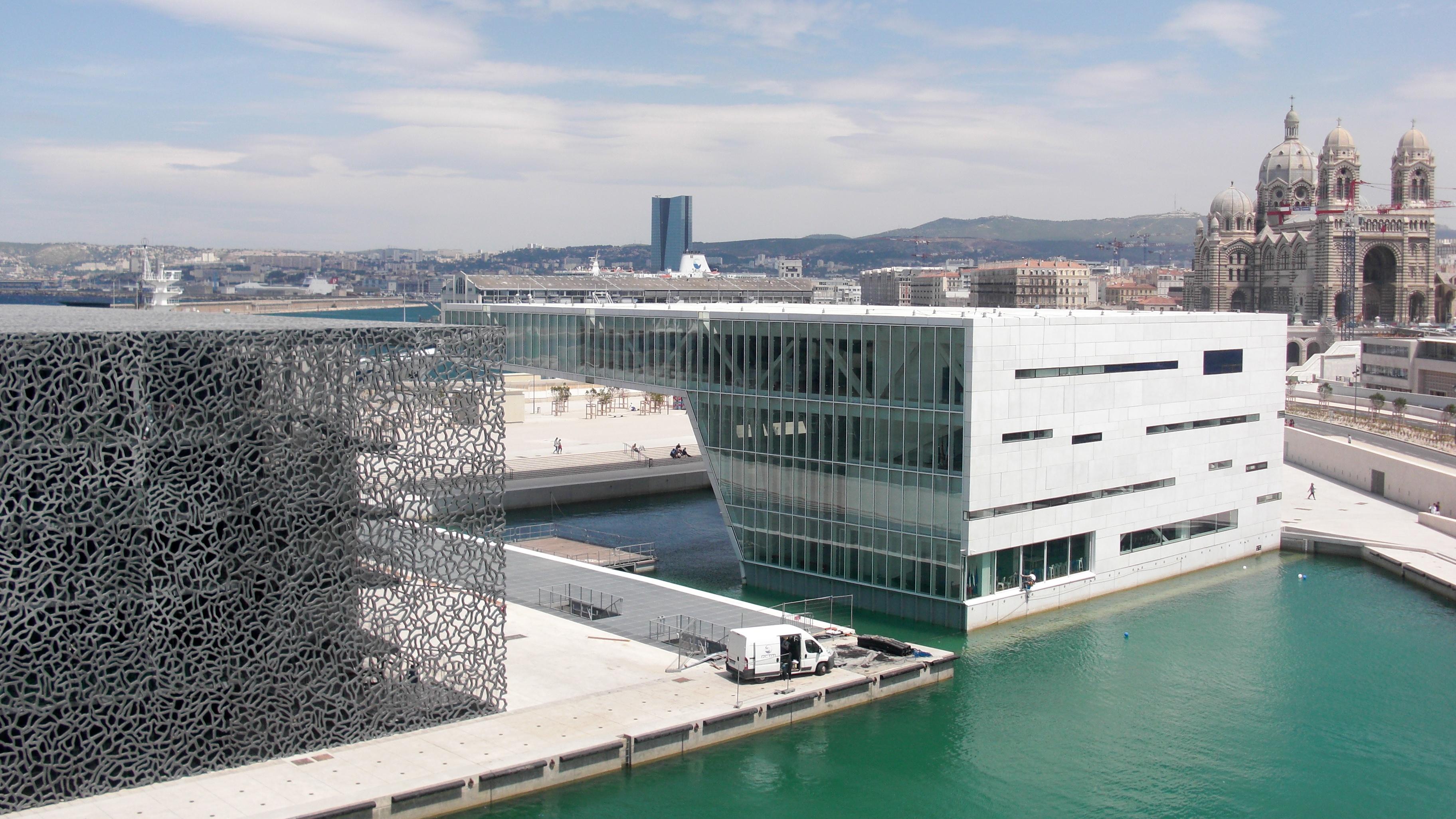 Прераждането на Марсилия и музея Регар дьо Прованс