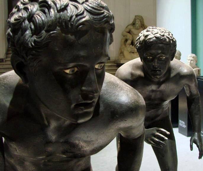 Атлетите от Вилата на папирусите