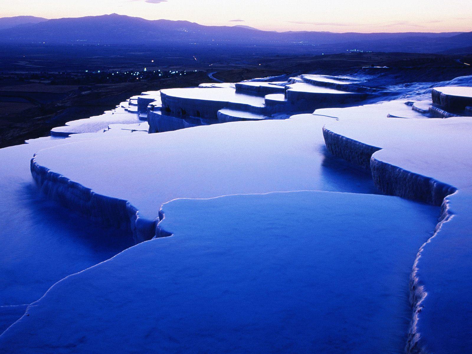 Памуккале и Хиераполис – природни и исторически забележителности на Егейска Турция
