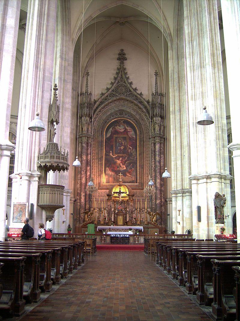 Altar_Minoritenkirche_Wien