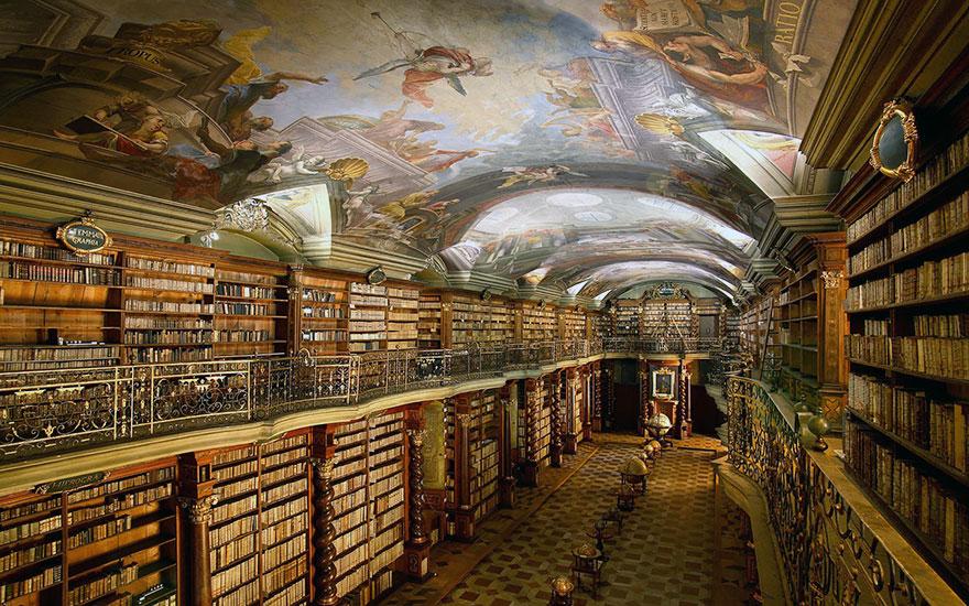 Национална библиотека Клементинум