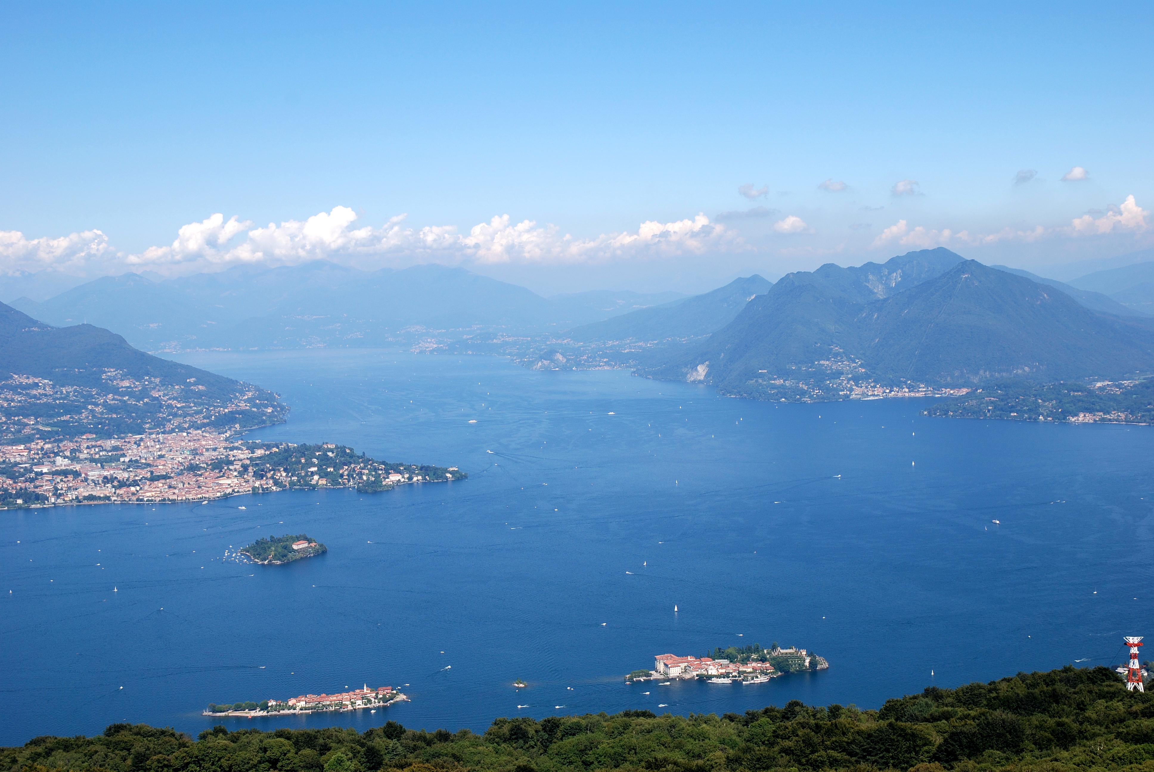 Lago-Maggiore_Borromean_islands