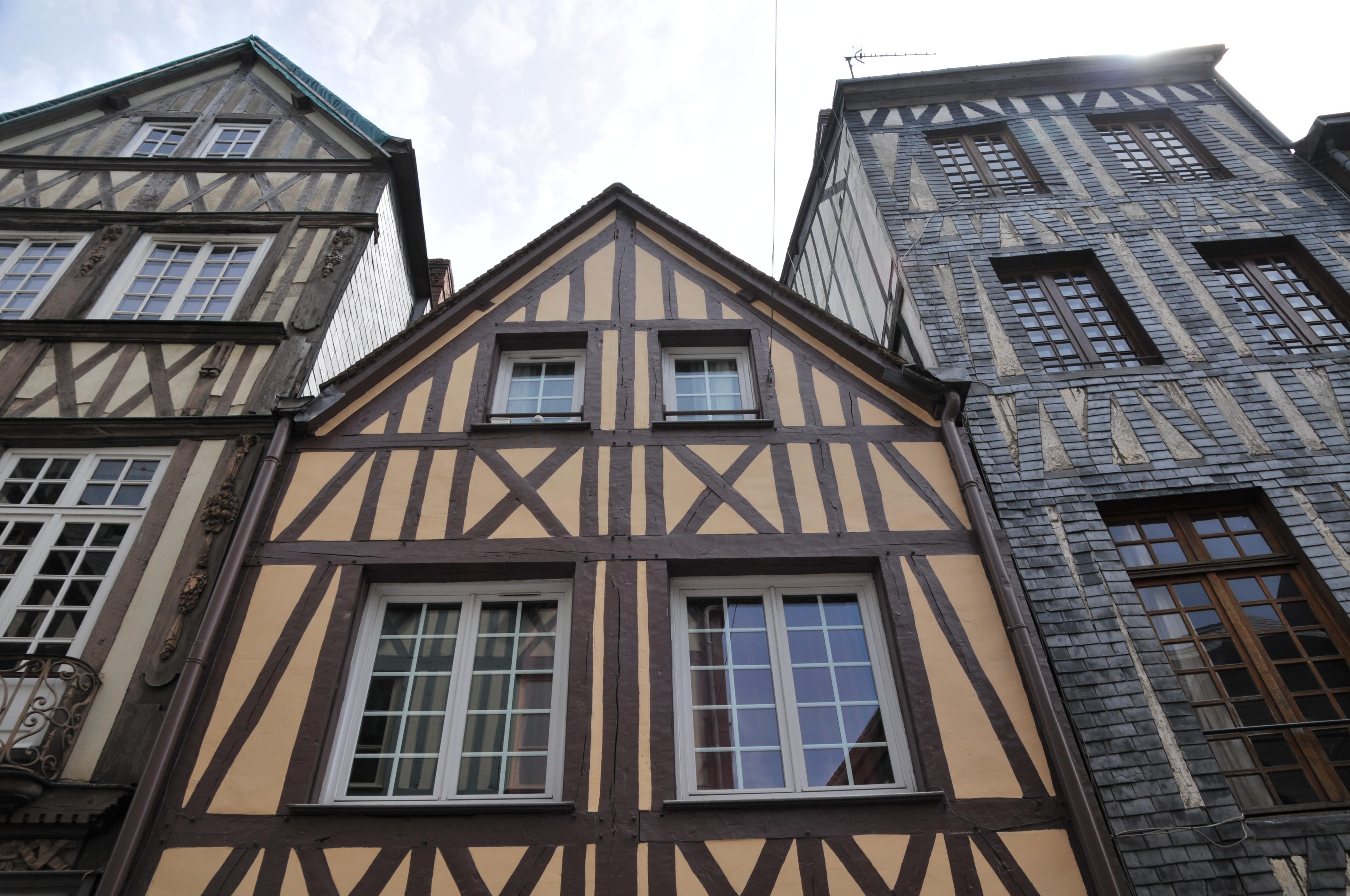 Руан - типична къща в нормандски стил.