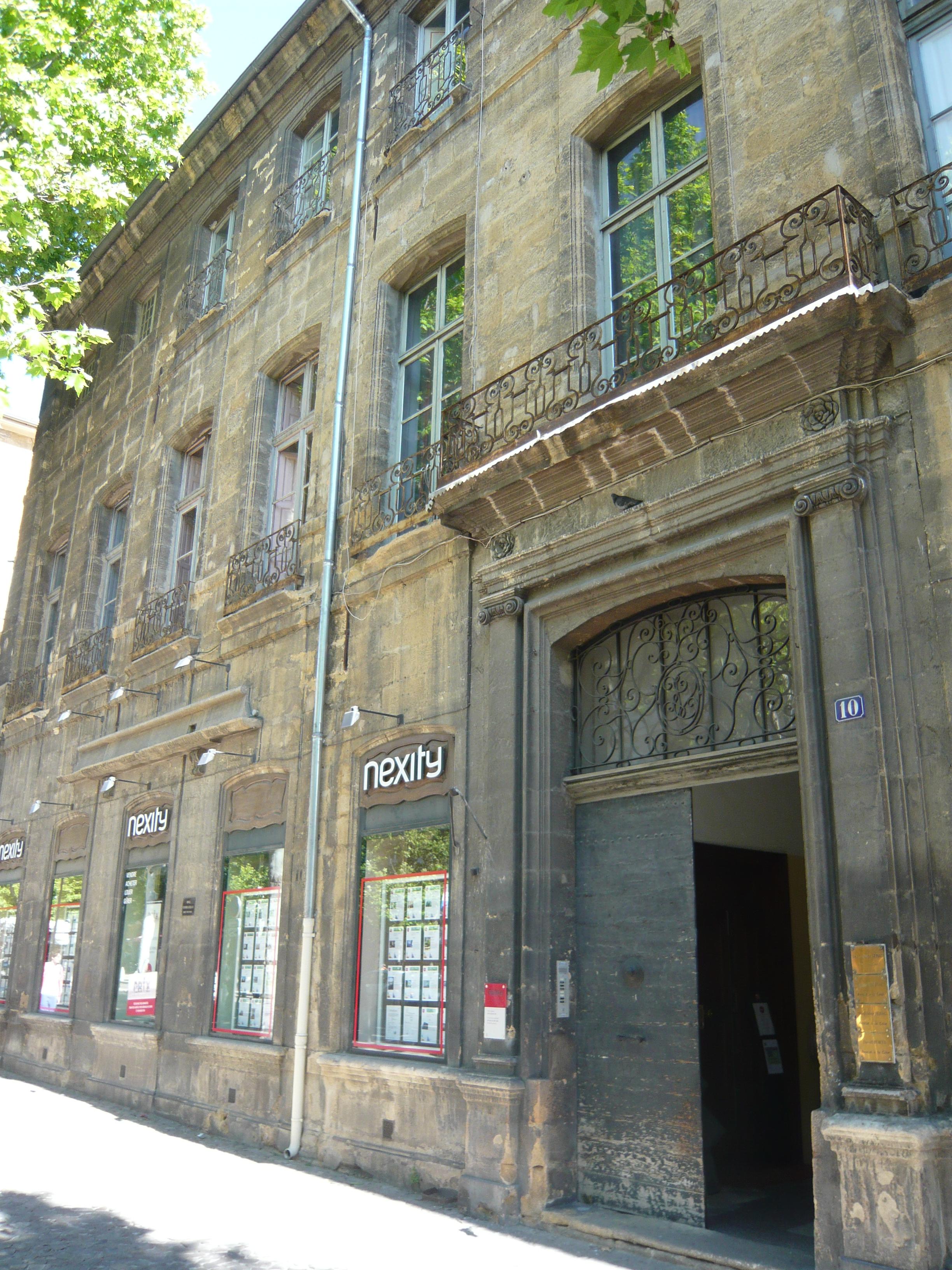Hôtel_de_Boniface_Leydet_dit_d'Entrecasteaux_ou_Isoard_de_Vauvenargues_10_cours_Mirabeau_Aix-en-Provence