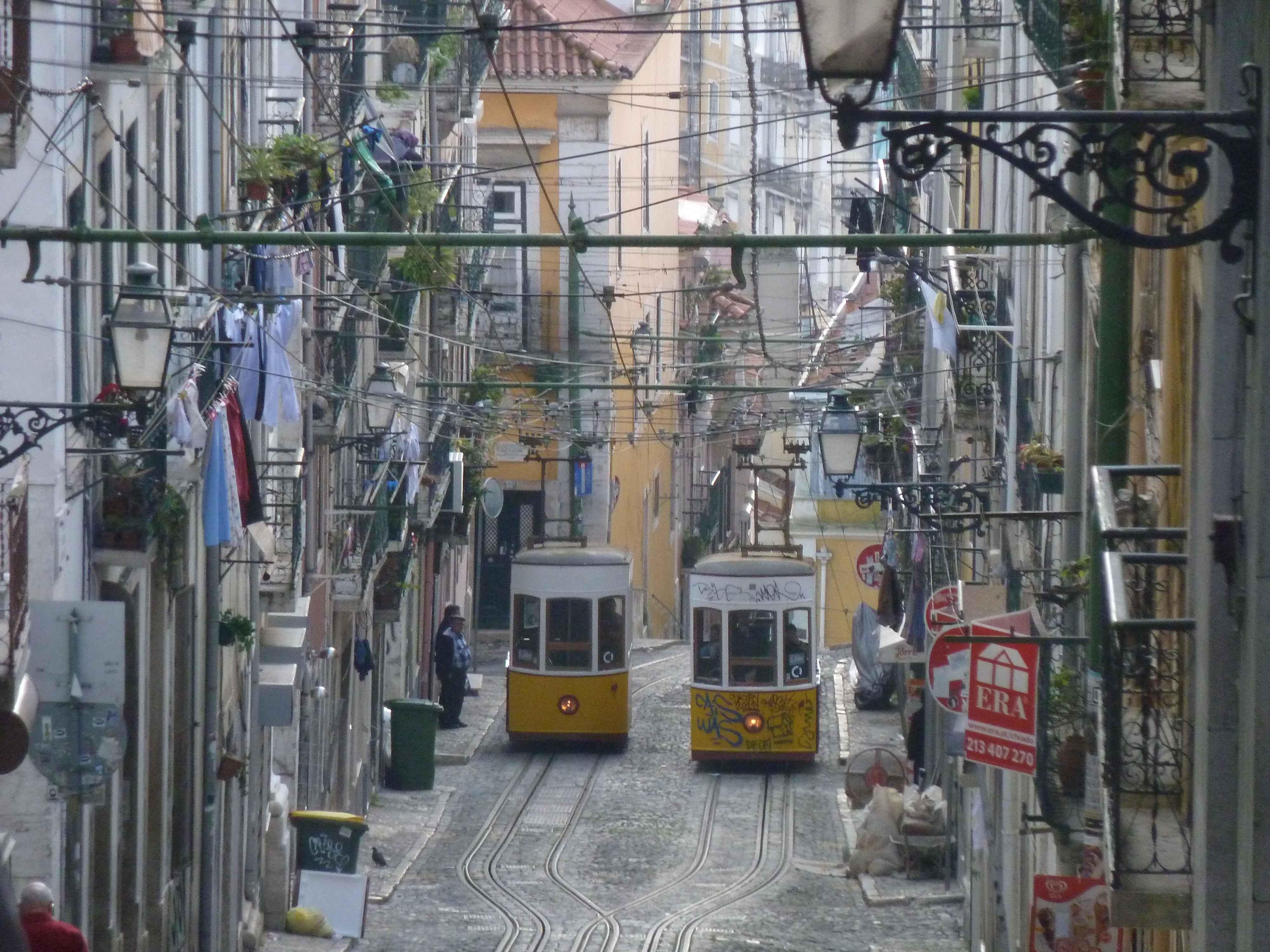 Историческият център на Лисабон – Алфама