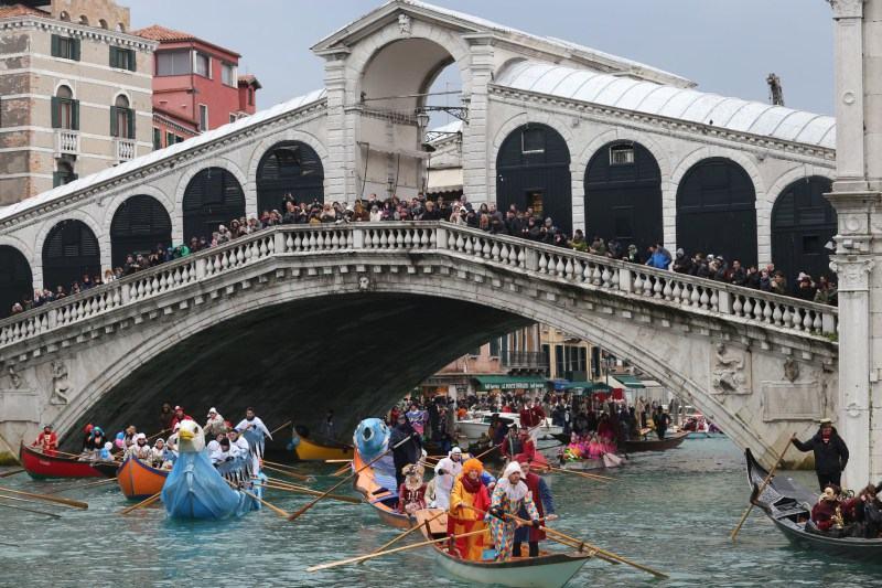 Още за Венецианския Карнавал