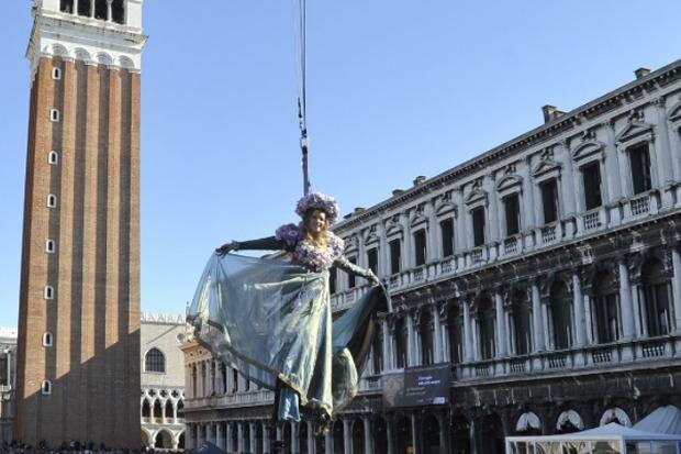 Volo_Angelo_Carnevale_di_Venezia