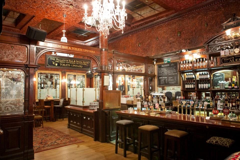 Аргил Армс – един от най-известните лондонски пъбове