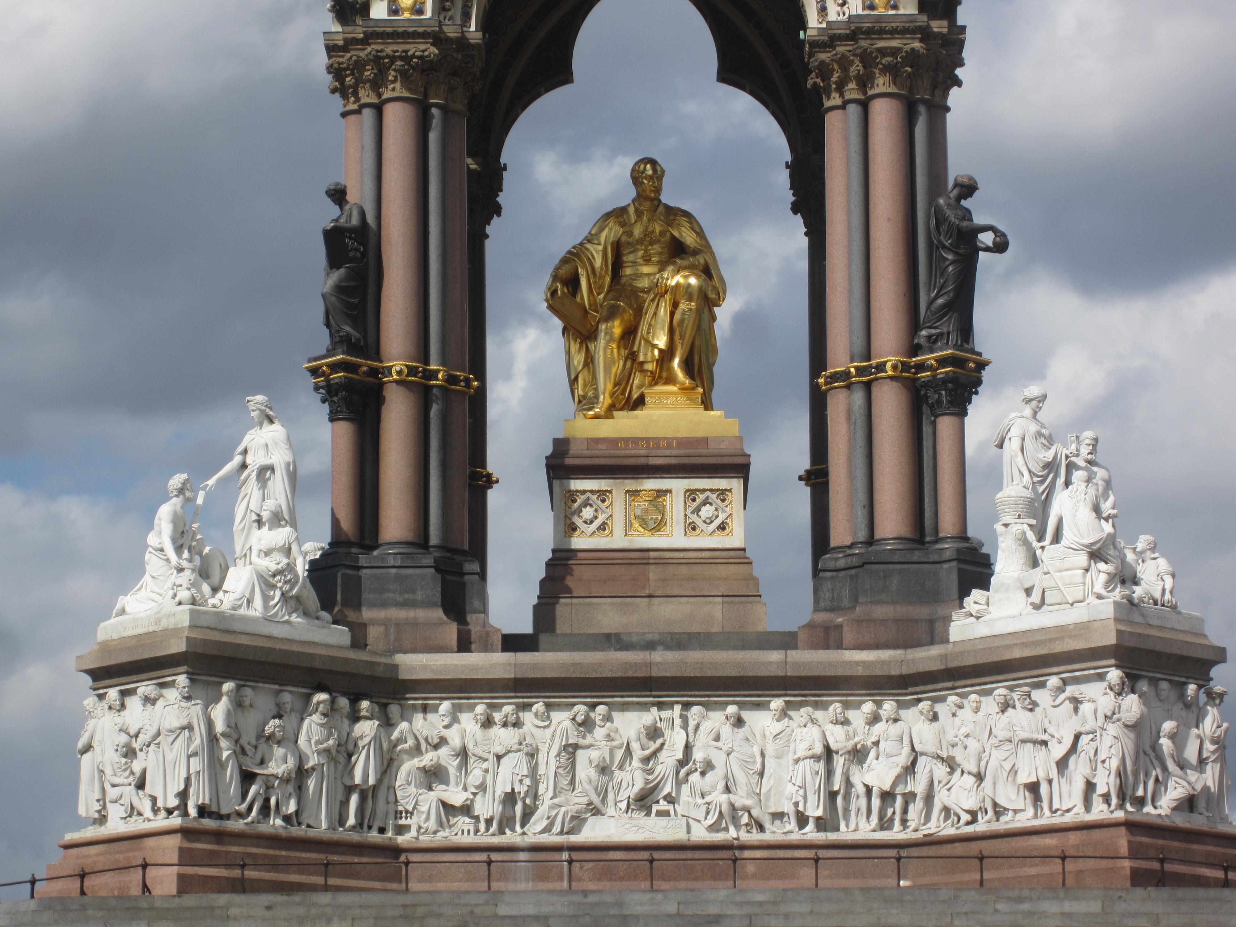 Мемориалът на принц Албърт във Лондон