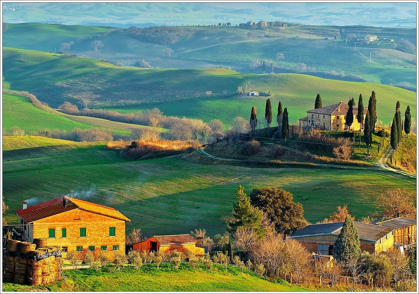 lucca-tuscany-hills-view