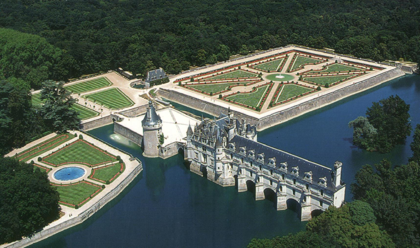 Шенонсо – замъкът на дамите
