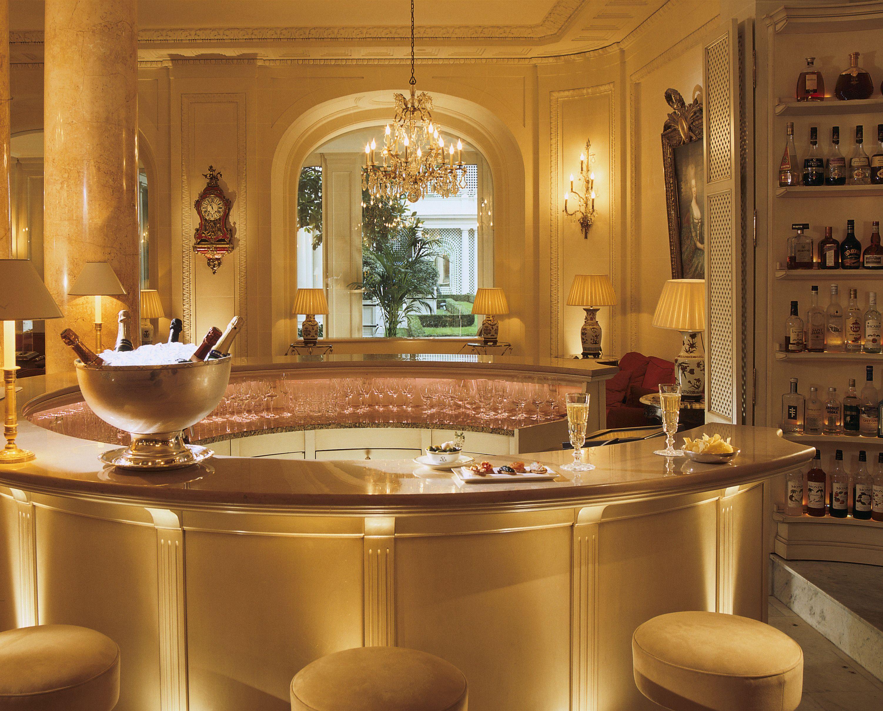 big-le-bristol-hotel-paris-38