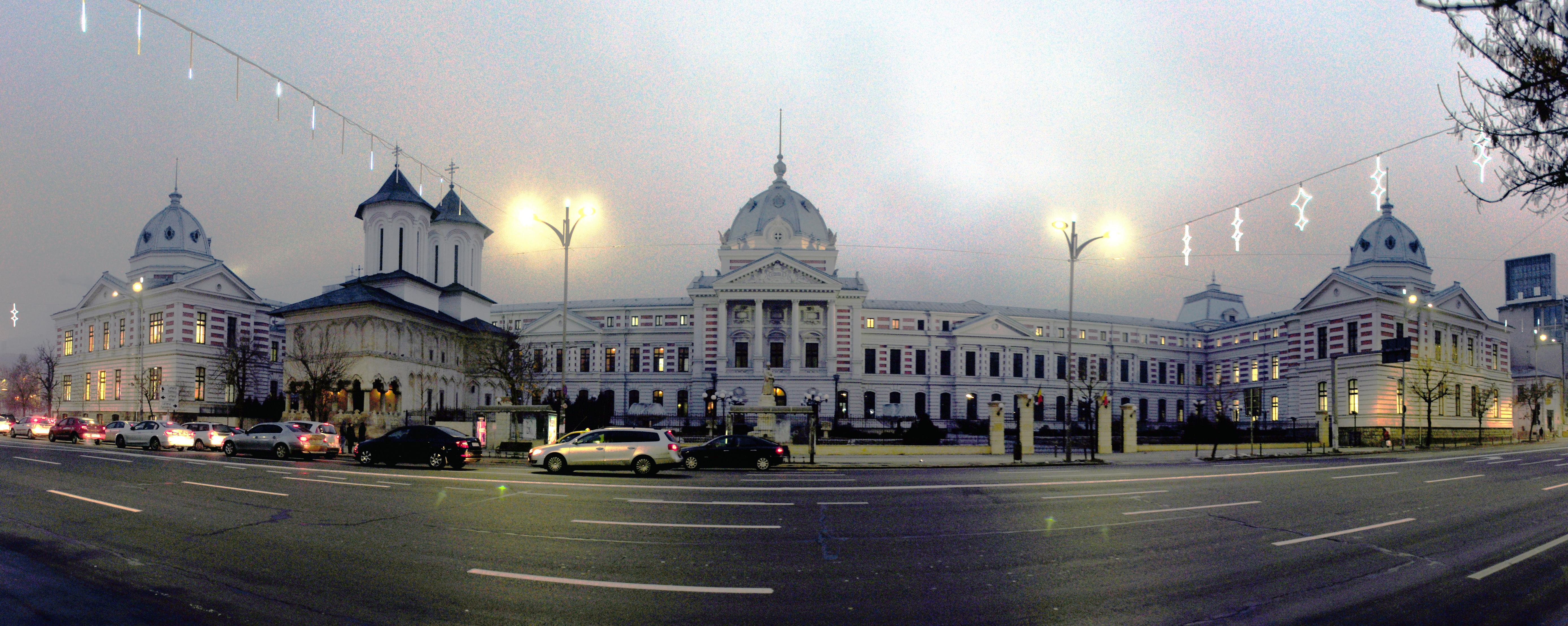 Bucharest_-_Spitalul_Clinic_Coltea_-_pano_01-equalized