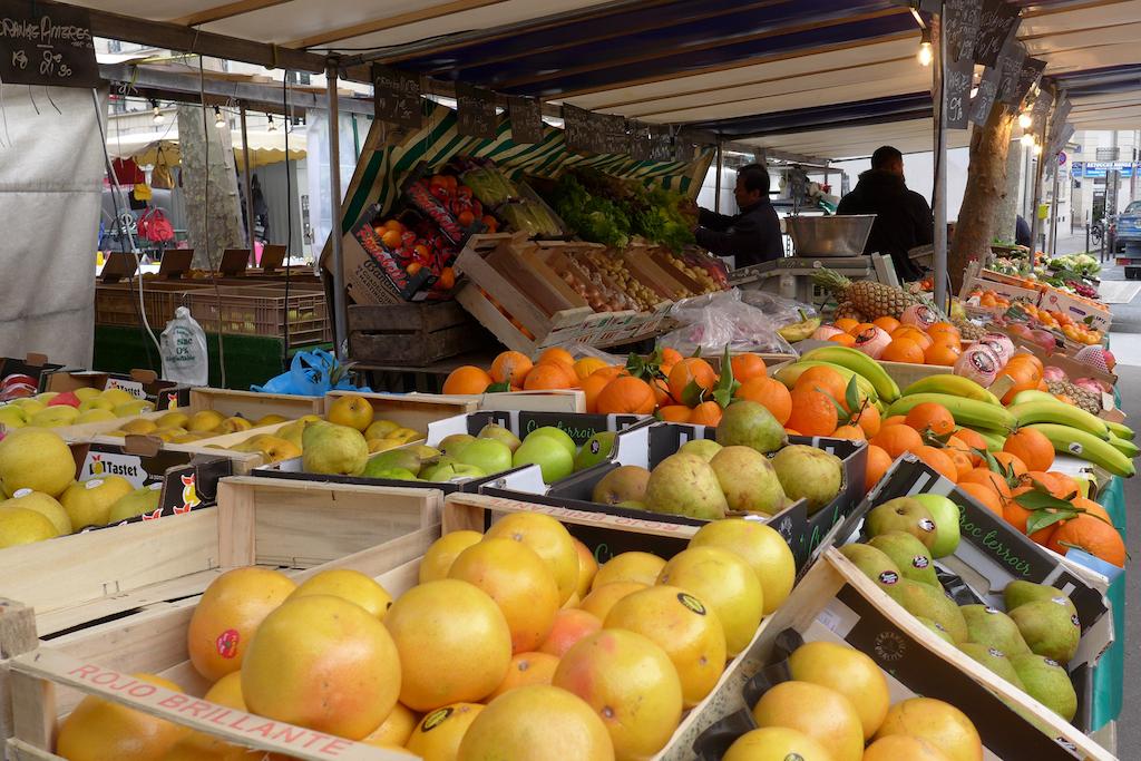 Marche-Monge-Paris-fruit-and-vegetable