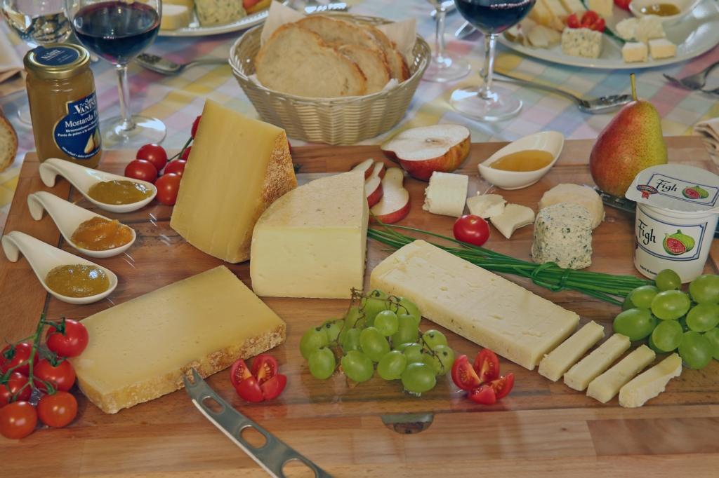 Vassoio-formaggi-ticinesi