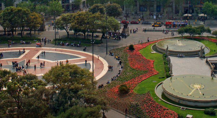 """Площад """"Каталуня"""" и улица""""Рамбла"""" – истинското сърце на Барселона"""