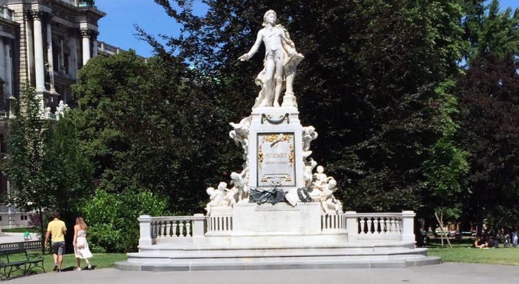 По стъпките на Моцарт във Виена
