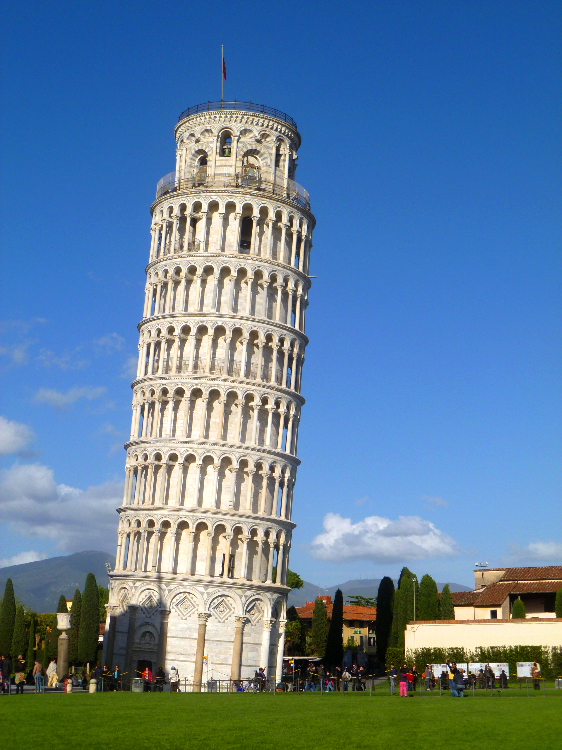 leaning-tower-of-pisa-italy 2