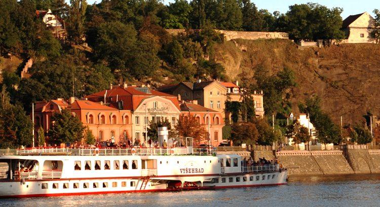Вишеград – най-малкият град в Унгария на най-големия завой на Дунава