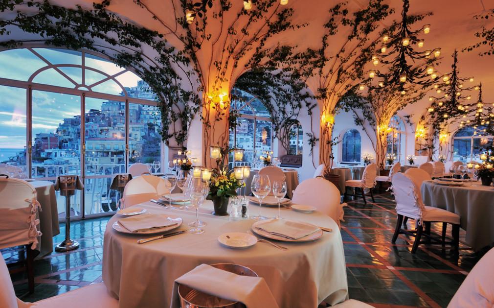 Ресторантът на хотел Le Surenuse