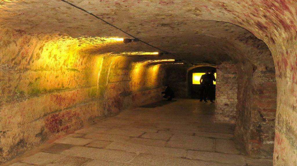 Подземният лабиринт от изби в Нюрнберг – пътешествие във времето - 1