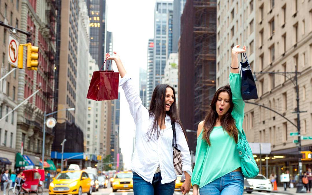 dubai-shopping-festival-women-in-shopping