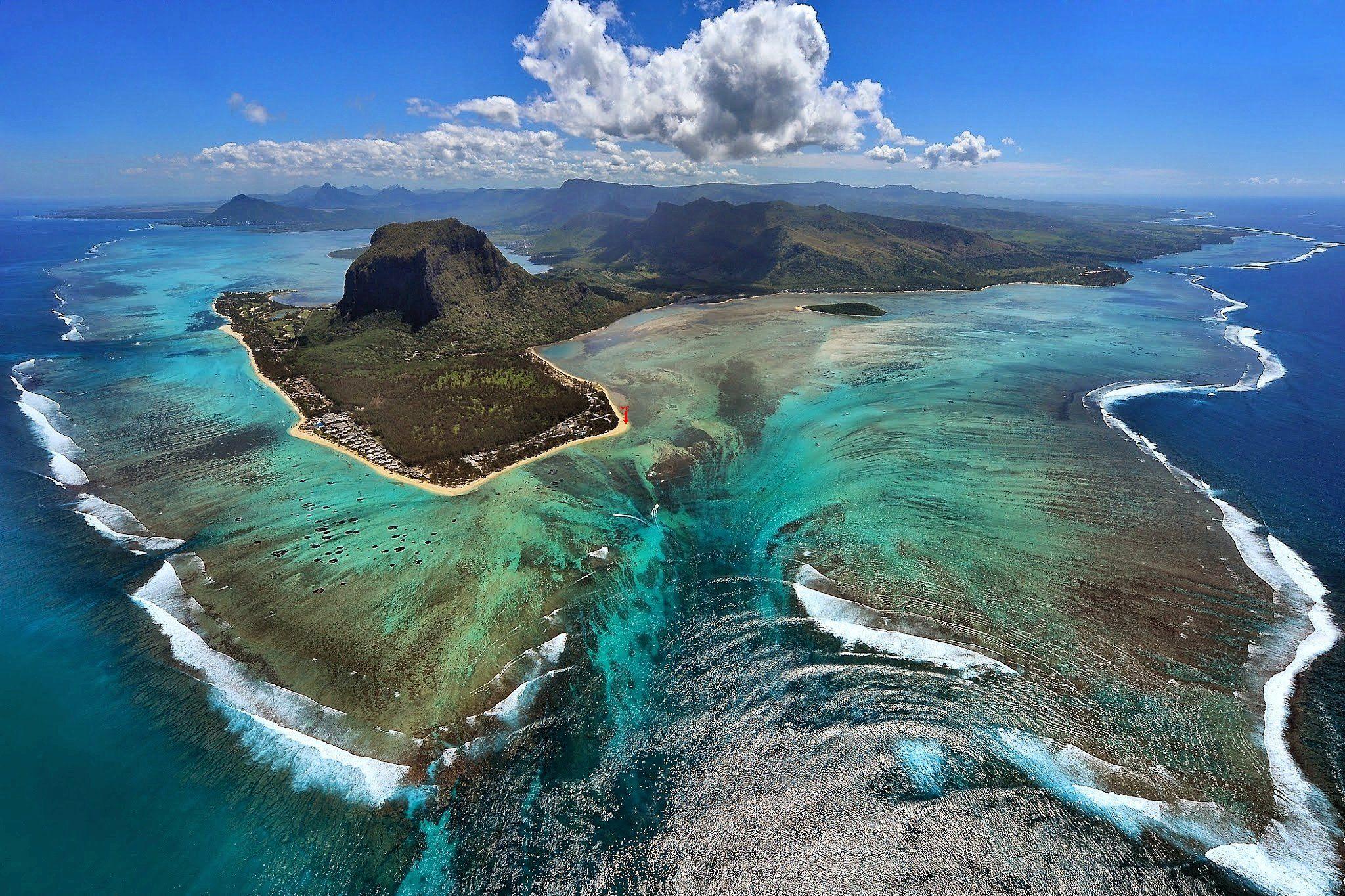 Остров Мавриций отгоре