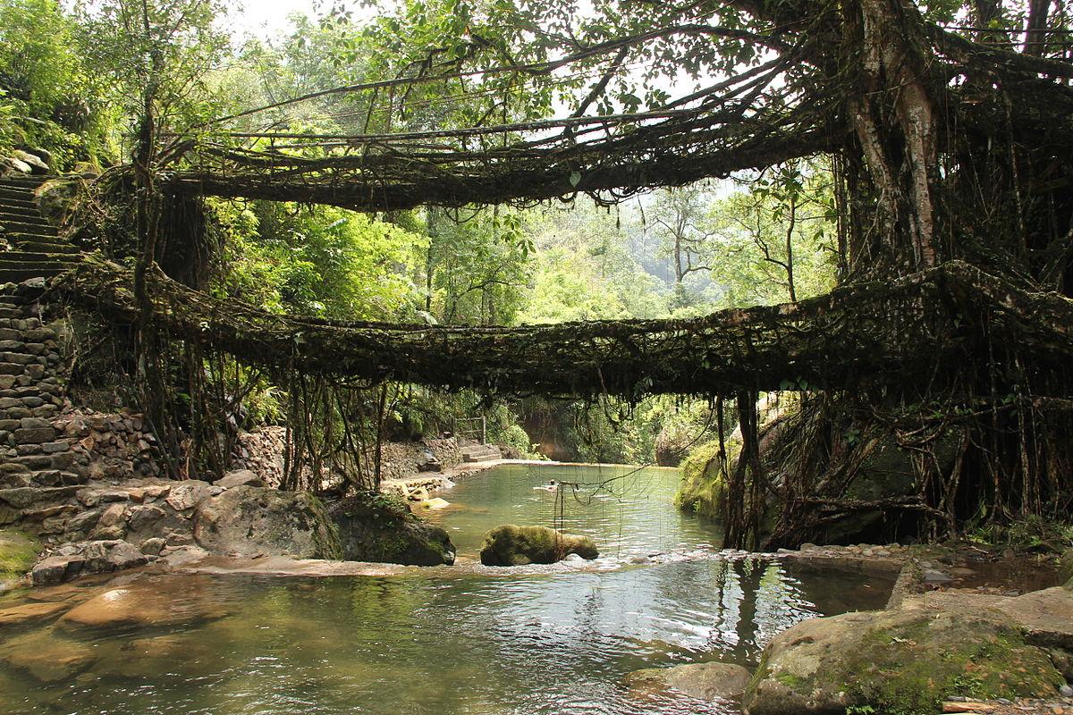 Мостът Умшианг