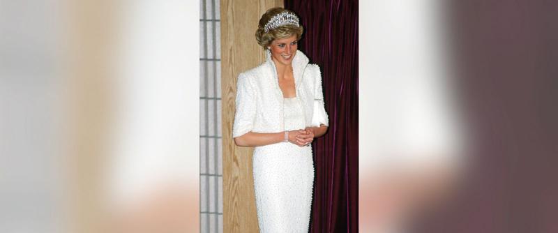 "Бяла рокля ""Елвис"""