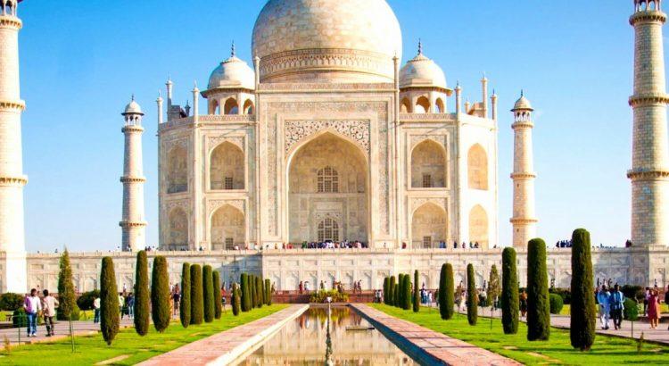 Тадж Махал – вечен храм на любовта