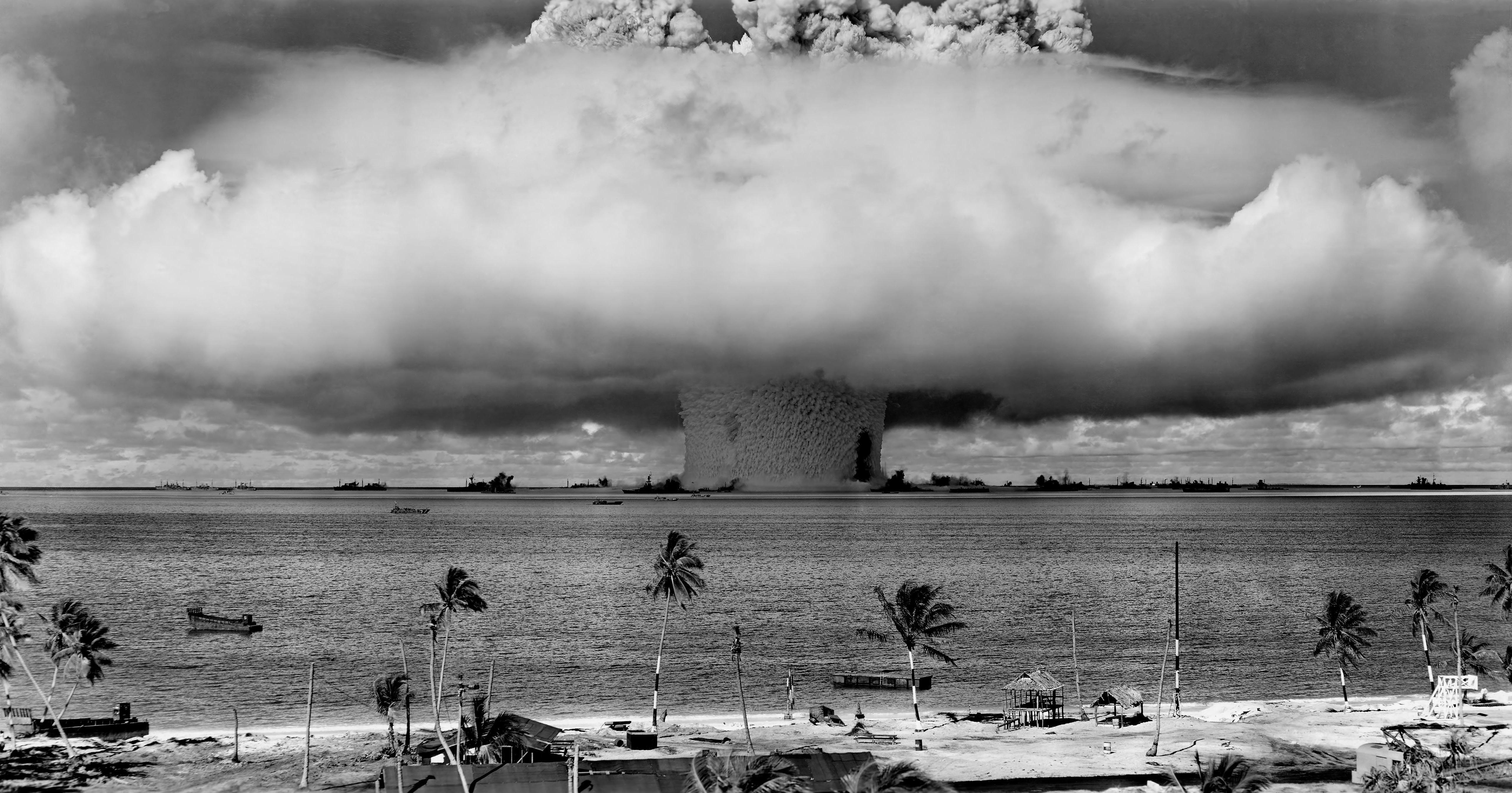 Атол Бикини - ядрени опити