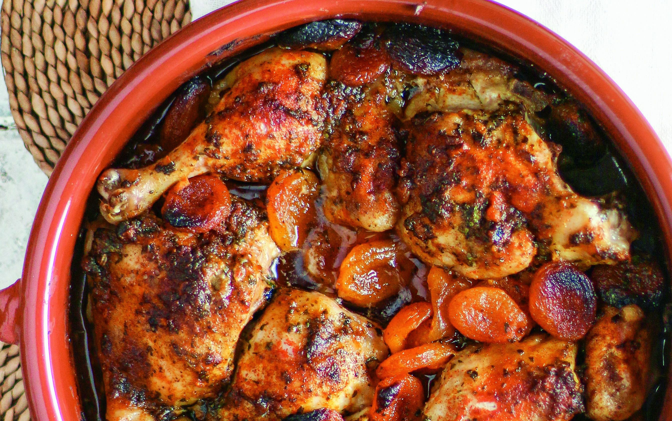 roasted-garlic-apricot-chicken-1447264070