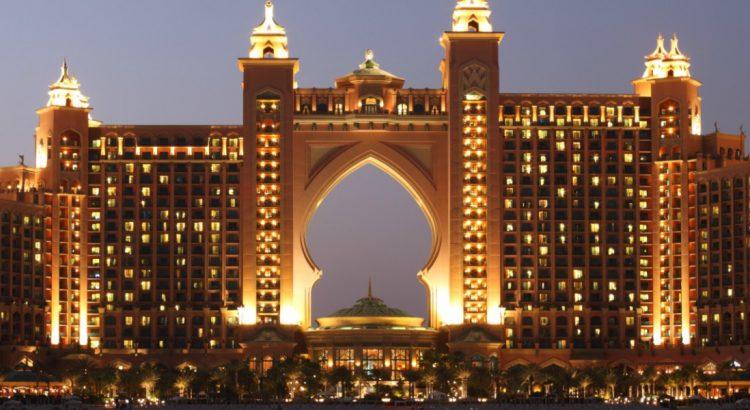 Дубай – рай и капан за шопинг-маниаците