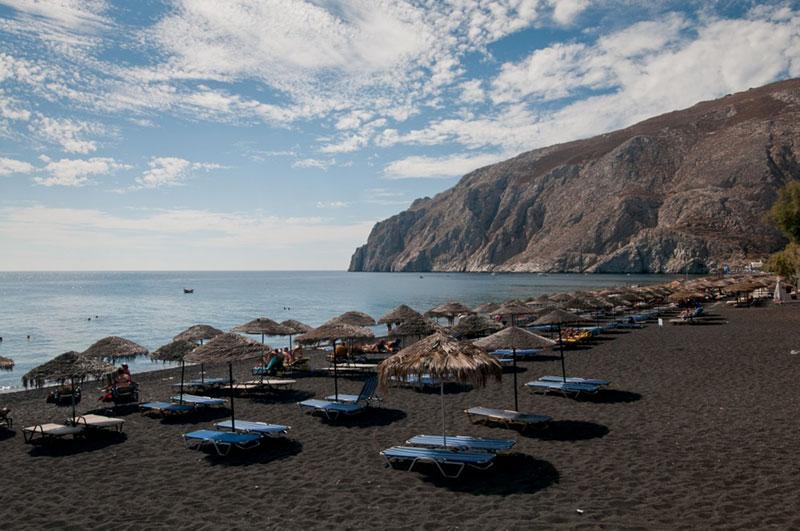 Тюркоазеният остров Санторини – 10 причини да го посетите - 4 - Руал Травел