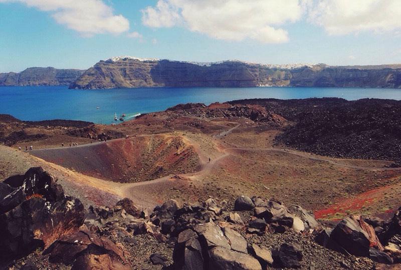 Тюркоазеният остров Санторини – 10 причини да го посетите - 8 - Руал Травел