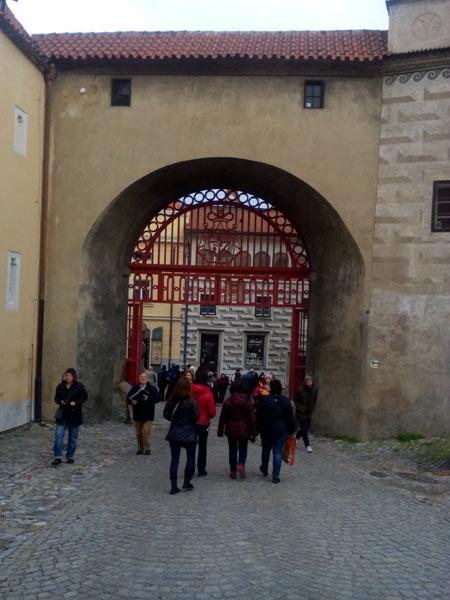 Изходът от замъка