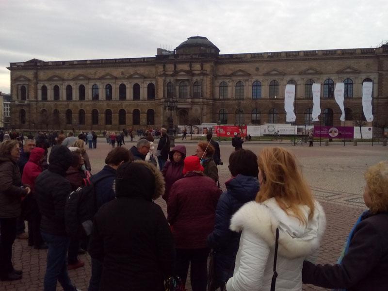 Златина разказва за прочутата галерия Цвингера в Дрезден ...