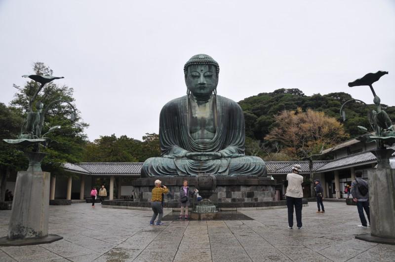 """Храм """"Котокуин"""" в град Камакура, втората по височина статуя на Буда в Япония (11.4 м)"""