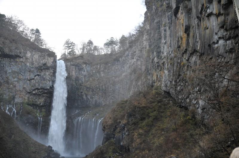Водопадът Кегон е висок 97 м