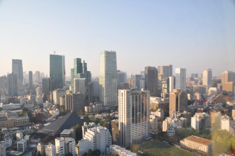 """Поглед към Токио от Телевизионната и радиотелекомуникационна кула в парка """"Шиба"""""""