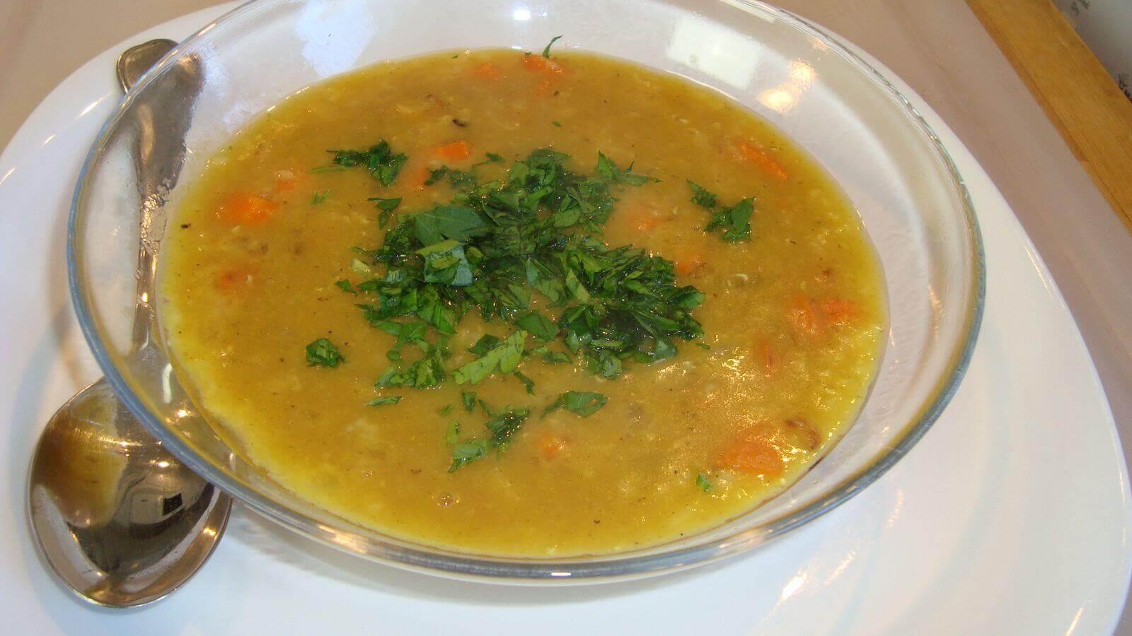 Ливанска крем супа от леща - 1