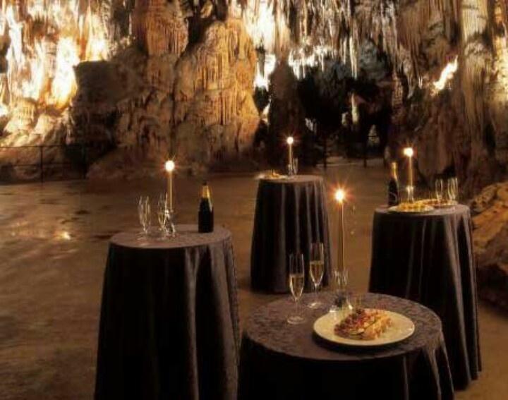 Незабравимата пещера Постойна 9