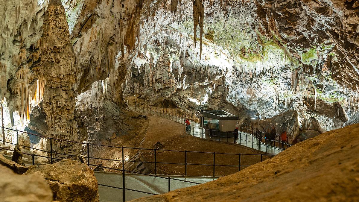 Незабравимата пещера Постойна 5