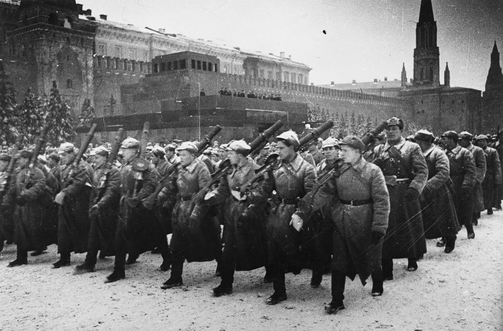 Парадът в Москва - грандиозен и незабравим  -2