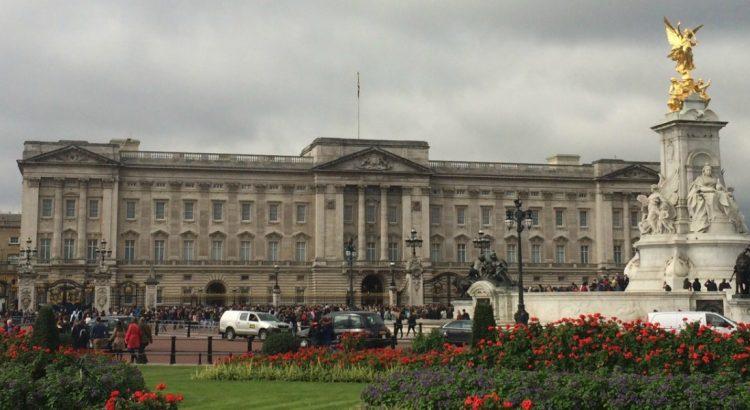 Кейт Мидълтън роди принц