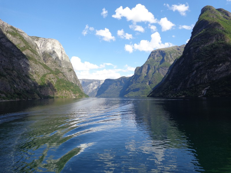 Великолепният Зогнефиорд в Норвегия