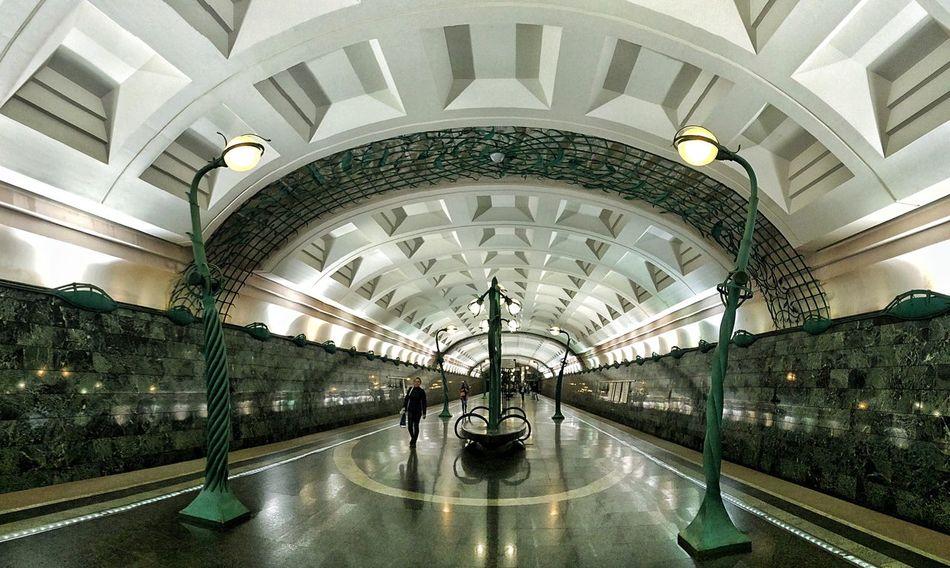 Най-зашеметяващите метростанции в Москва - 1