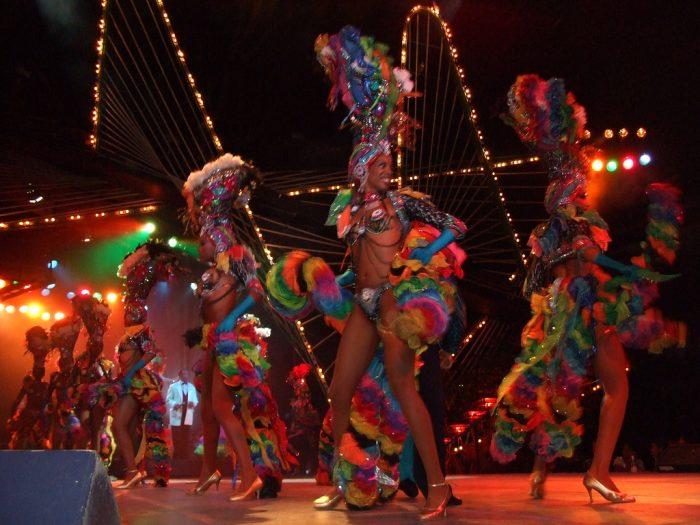 """""""Тропикана"""" – незабравимото нощно шоу на Хавана 4"""
